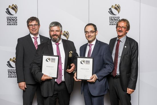 "With two German Innovation Awards, LEUCO's power of innovation has now been clearly noticed. During the festive celebration held on June 6, 2018 in Berlin's Technology Museum, LEUCO received an award for both the ""LEUCO p-System"" cutter and for the ""LEUCO nn-System"" circular saw blade, highlighting the tools' degree of innovation in the wood processing industry. The awards were received in Berlin by (from left to right) Daniel Schrenk (LEUCO managing director for Sales and Marketing), Dr. Martin Dressler (head of Research / Business Field Development and main developer of the LEUCO p-Systems), Dr. Dominique Fendeleur (head of Research & Development for saw blades and main developer of the LEUCO nn-System) and Frank Diez (CEO of LEUCO and chairman of the Management Board)."
